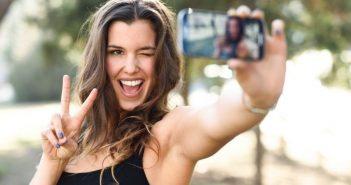 Η εταιρεία έχει θέσει σε λειτουργία επιπλέον σέρβερς για να ανταποκριθεί στον αυξημένο αριθμό selfies