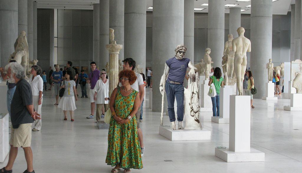 Το άγαλμα έχει τοποθετηθεί στην κεντρική αίθουσα εκθεμάτων του μουσείου