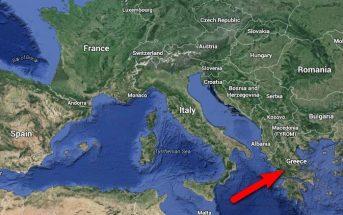Μέλη της οργανωτικής επιτροπής έλεγξαν τους χάρτες της Google και επιβεβαίωσαν ότι η Ελλάδα δεν έχει αποκολληθεί από τις παρακείμενες χώρες