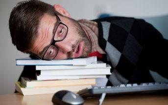 Εξαντλημένος ο νεαρός που αποδέχτηκε όλα τα cookies του διαδικτύου