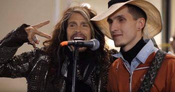 Απίστευτο βίντεο: Ένας πλανόδιος μουσικός τραγουδάει Κατσιμίχα και ξαφνικά εμφανίζεται ο Steve Tyler