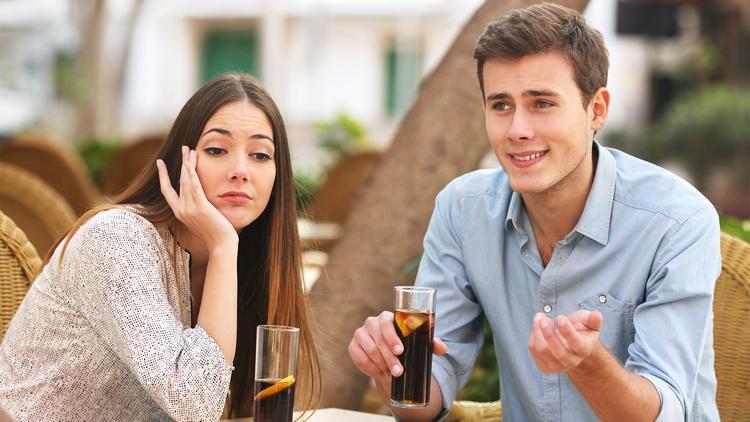 Αγνοείται νεαρός που δήλωσε ότι δεν πιστεύει στην γιορτή του Αγίου Βαλεντίνου μπροστά στην σύντροφο του