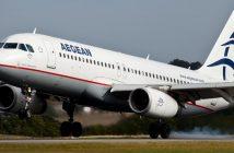 Ηχογραφημένα χειροκροτήματα βάζουν οι ελληνικές αεροπορικές εταιρείες στα αεροπλάνα λόγω της αδιαφορίας των επιβατών