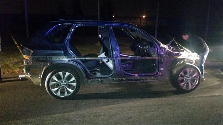 Το αυτοκίνητο του νεαρού μετά την έκρηξη