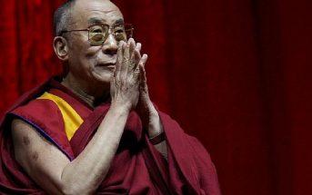 Ο Δαλάι Λάμα βράβευσε Έλληνα που δεν έχει τσακωθεί ποτέ στο ίντερνετ
