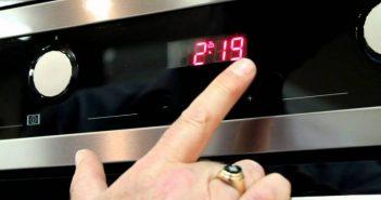Ξαναγύρισαν στη σωστή ώρα τα ρολόγια στις κουζίνες της χώρας