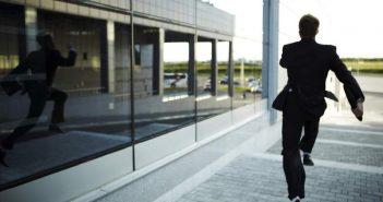 Αύξηση 3000% σημειώνει η παραγωγικότητα των υπουργών της κυβέρνησης μετά τις φήμες για ανασχηματισμό