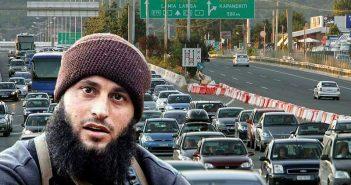 Εντυπωσιασμένοι από τον τρόπο οδήγησης των Ελλήνων αδειούχων ηγετικά στελέχη του ISIS