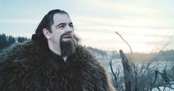 Πρόταση στον Αλέξη Τσίπρα να πρωταγωνιστήσει στο σίκουελ του The Revenant μετά την πεζοπορία του στο χιόνι