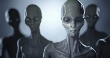 Η Μακεδονία ανήκει στους aliens δηλώνει εκπρόσωπος μέχρι πρότινος άγνωστου πλανήτη